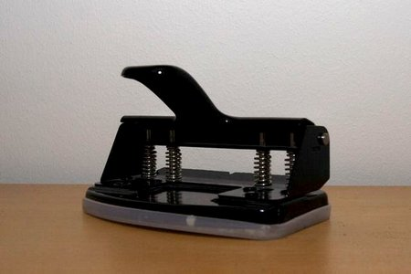 holepunch-side